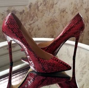 Michael KORS snake leather heels size 6.5